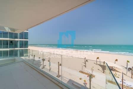 1 Bedroom Apartment for Sale in Saadiyat Island, Abu Dhabi - Stunning Loft| No ADM Fees| Vacant| Beachfront
