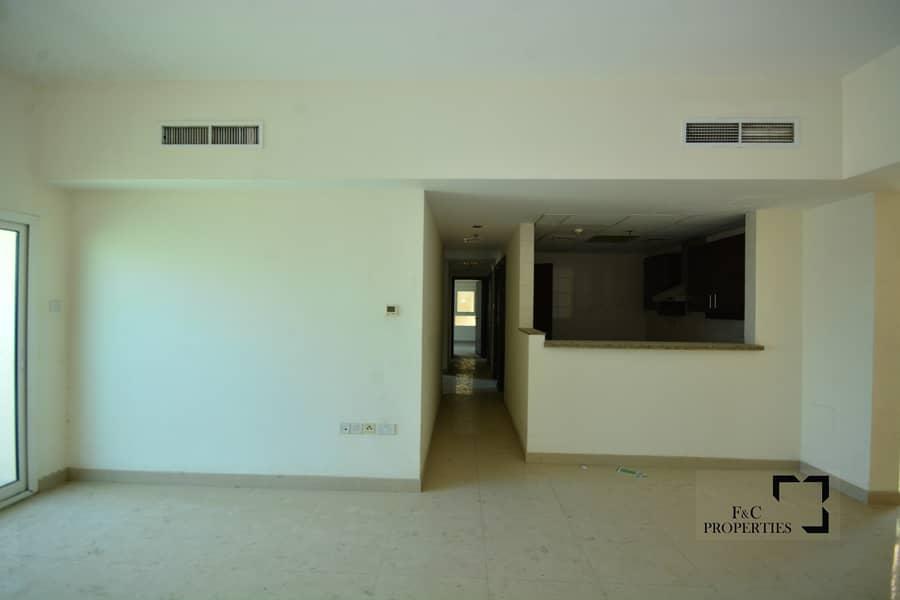 Large Terrace | Spacious 3 Bedroom | Swimming pool | Gym