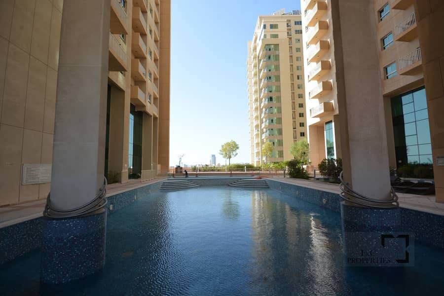 21 Large Terrace | Spacious 3 Bedroom | Swimming pool | Gym