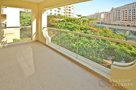 2 Bedroom Flat for Sale in Palm Jumeirah, Dubai - 2 Bedrooms | Exclusive | A Must View Unit