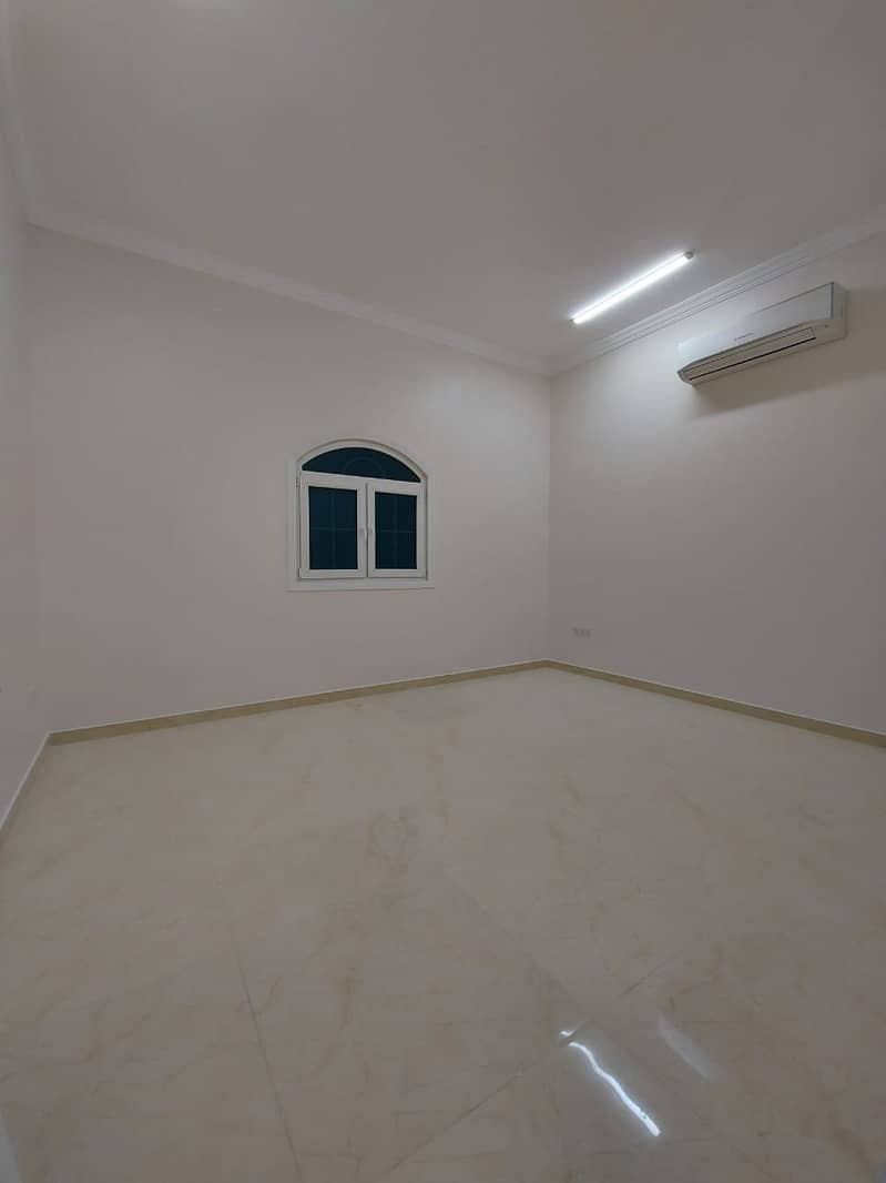 Brand New 3 bed rooms Majlis and hall very near to market in villa at Shamkha South