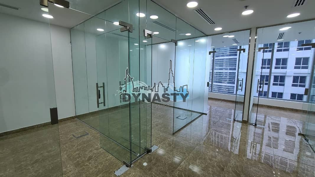 Fully Fitted | Glass Partitions | 3 Parkings