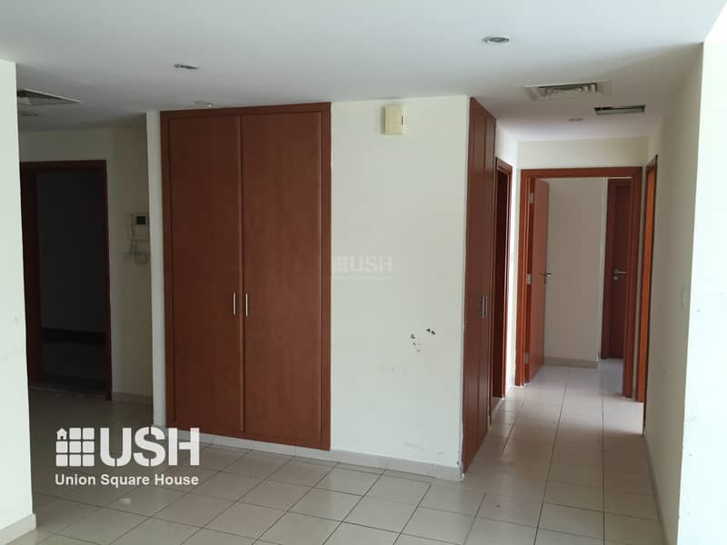 2 Corner 2BR Apt with Pool and Park View High Floor