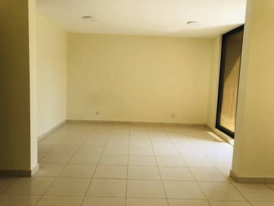 3 Bedroom Villa for Rent in Al Garhoud, Dubai - Duplix