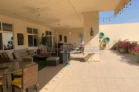 3 Bedroom Apartment for Rent in Motor City, Dubai - Upgraded & Huge 3 bedroom Apartment With A Terrace