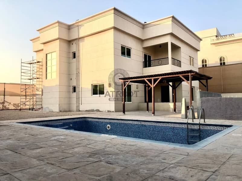Glorious Finishing 4-BR Villa With Pvt Pool Service Block