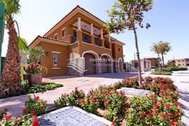 Luxurious Corner Big Plot Villa in Highly Regarded Location!