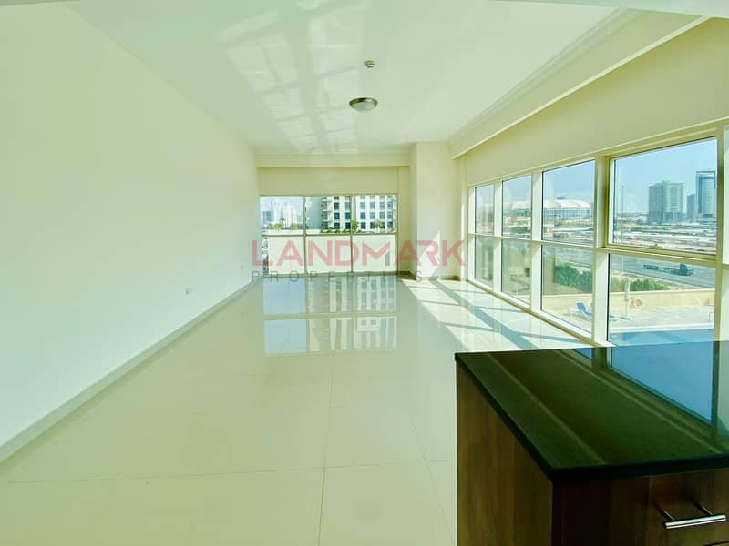2 SPACIOUS BRIGHT 2 BHK+MAID GOLF AND CITY VIEW in JVC
