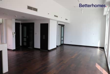 Studio for Rent in Downtown Dubai, Dubai - Lofts Large Vacant Studio I Garden View+Balcony