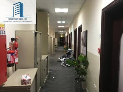 Building for Rent in Mussafah, Abu Dhabi - Commercial Building For Rent