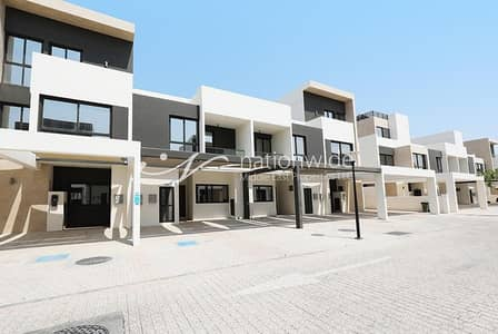 5 Bedroom Townhouse for Rent in Al Salam Street, Abu Dhabi - Vacant | Imagine Coming Home To This Cozy TH