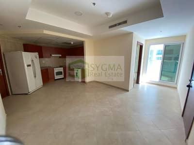 شقة 2 غرفة نوم للبيع في أبراج بحيرات الجميرا، دبي - Vacant 2 Bedroom Near Metro with Parking