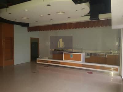 محل تجاري  للايجار في النهدة، دبي - retail shop  ideal for supermarket / restaurant / pharmacy/ prime location of al Nahda 1 Dubai residential complex