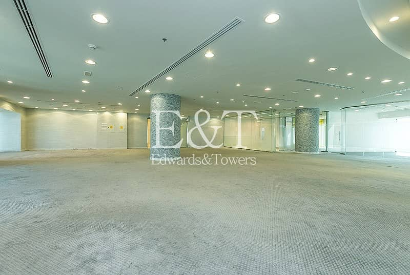 Spacious Fitted Full Floor Ascott Park Place