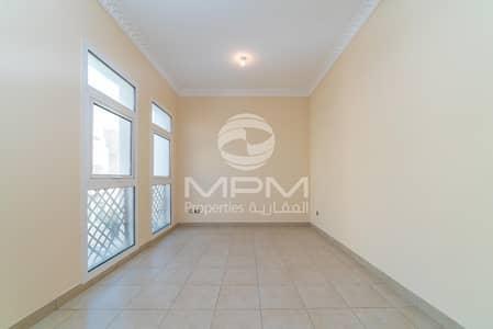 فیلا 5 غرف نوم للايجار في القرم، أبوظبي - Spacious