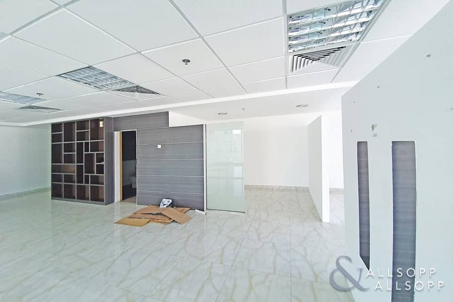 10 Fully Fitted | Vacant | Partitioned Office