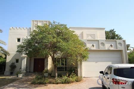 4 Bedroom Villa for Rent in Jumeirah Islands, Dubai - Entertainment Foyer | Lake Views | 4 Beds