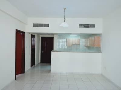فلیٹ 1 غرفة نوم للبيع في المدينة العالمية، دبي - صفقة المستثمر | غرفة نوم واحدة للبيع في مدينة فرنسا الكتلة العالمية