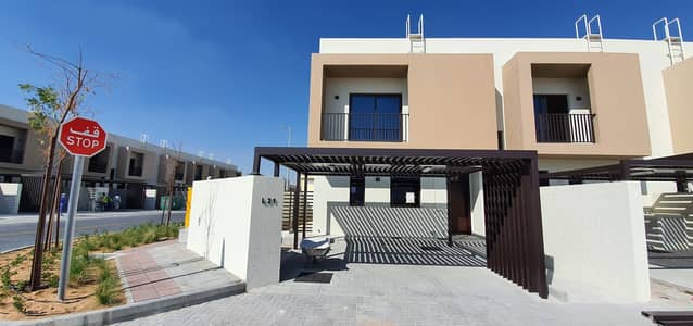 3 Bedroom Villa for Sale in Al Tai, Sharjah - CORNER UNIT, READY TO MOVE BRAND NEW 3BED/R+MAIDS, TOWNHOUSE FOR SALE, 2077SQFT, PRICE 1270000 IN NASMA RESIDENCE
