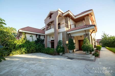 5 Bedroom Townhouse for Rent in Jumeirah Islands, Dubai - 5 Bed Mansions | Large Plot | Private Pool