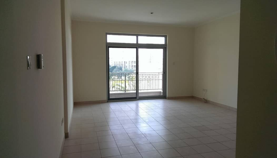 2 Free Chiller 2Bedrooms |Lake View Double Balcony