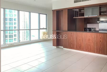 فلیٹ 2 غرفة نوم للبيع في وسط مدينة دبي، دبي - Investors delight | Large 2 bedroom |