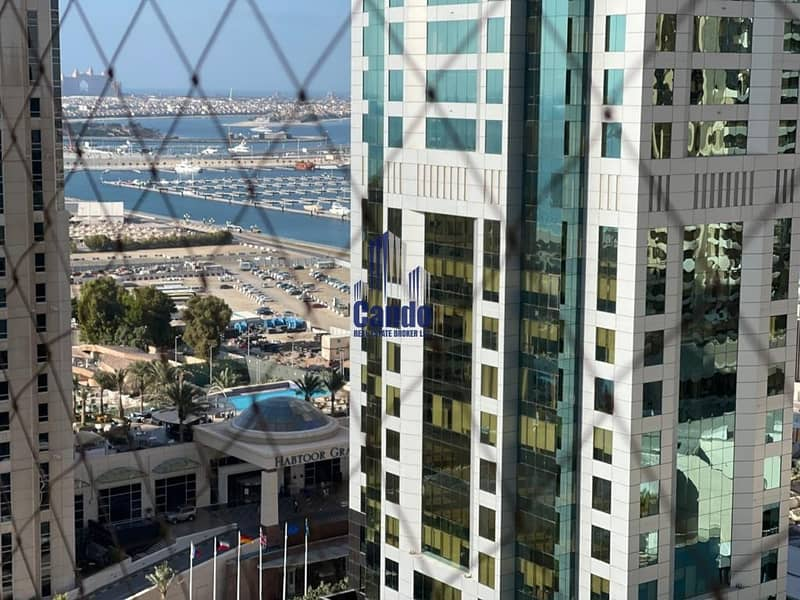 22 Stunning 2BR Apartment with Marina View