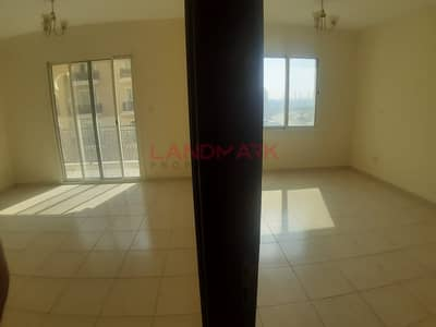 1 Bedroom Flat for Sale in International City, Dubai - EMIRATAES CLUSTER LARGE 1 BHK WITH BALCONY
