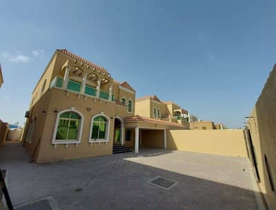 Villa for rent very clean area of 5000 feet for the price of a masterpiece *