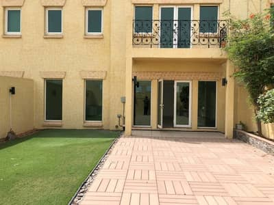 4 Bedroom Villa for Rent in Capital Centre, Abu Dhabi - backyard