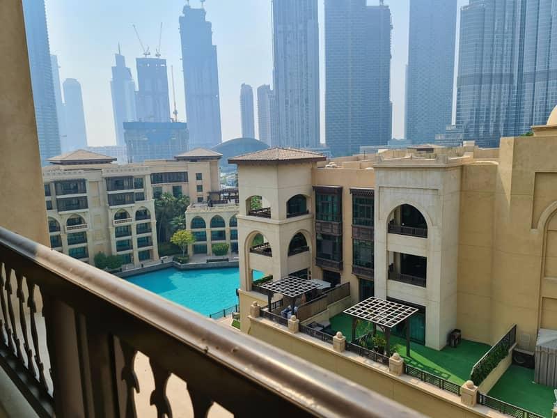 2 Amazing stay at Dubai Downtown - Souk Al Bahar