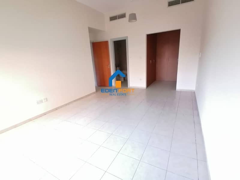 2 Well maintained | Spacious | limited offer