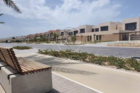 فیلا 5 غرف نوم للايجار في جزيرة السعديات، أبوظبي - Perfect For Beach Lover! Community View | Vacant Now