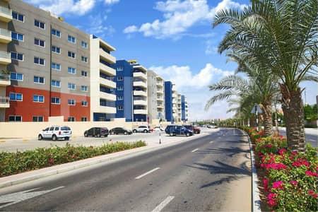 فلیٹ 1 غرفة نوم للايجار في الريف، أبوظبي - Comfortable Type C Apartment with Balcony.