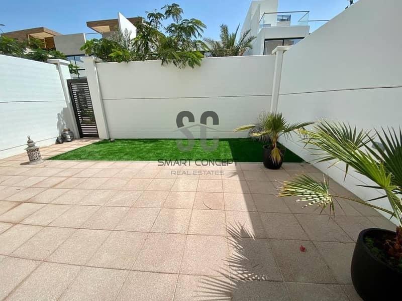 21 Motivated Seller   Luxury Villa   Rent Refund