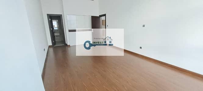 شقة 1 غرفة نوم للايجار في واحة دبي للسيليكون، دبي - Extra Large one bedroom 36k 4chq in Binghatti Views
