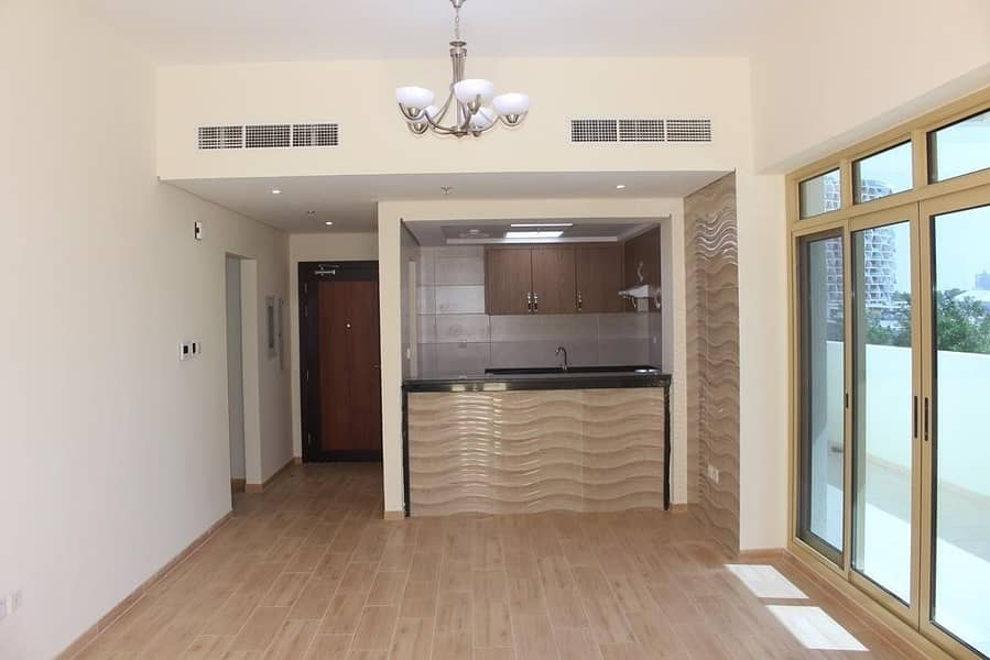 Hurry Up Luxurious 1 bedroom available in DSO