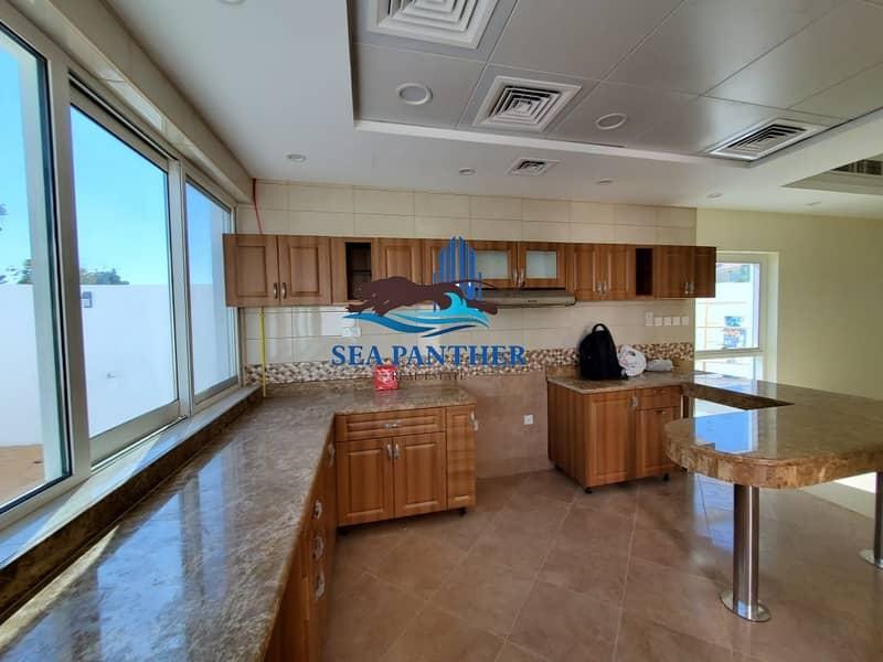 18 Quiet and Peaceful 3 Bedroom + Maid's Room Villa in Umm Suqeim 1