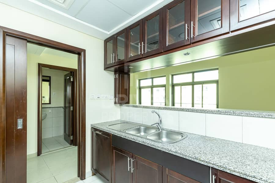 16 Spacious | Laundry room | Community View