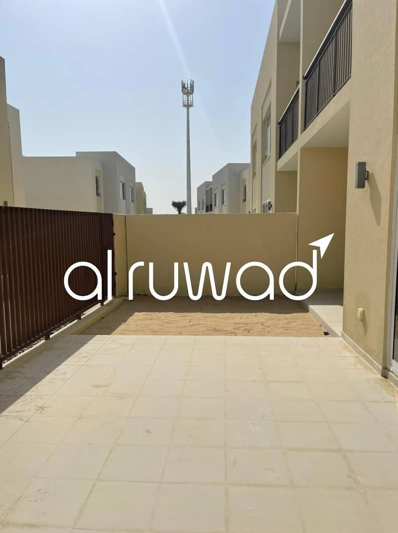 14 2BR Townhouse with Free Chiller | Near to Pool
