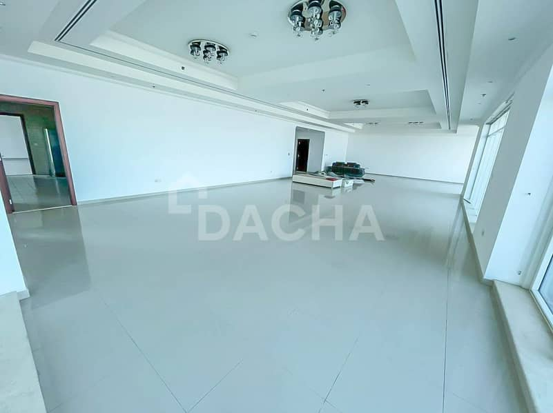 2 PENTHOUSE / Incredible Views / 5 Bed +Maid+Study