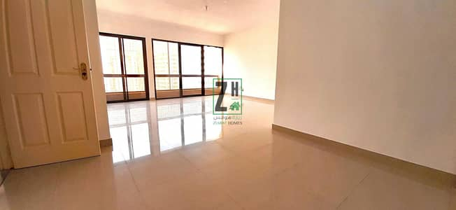 شقة 3 غرف نوم للايجار في الخالدية، أبوظبي - Tourist attractive  3BHK + Maids w/ cheap price