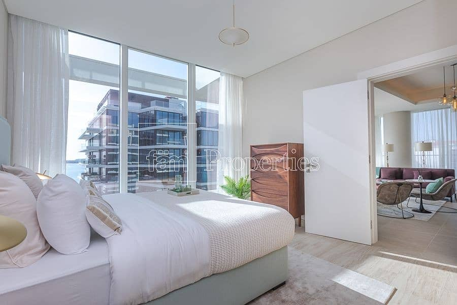 Sea facing Luxurious Apartment High end Finishing