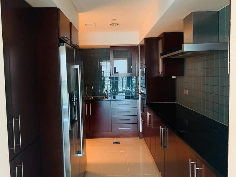 25 Luxuary 2Br Duplex Apartment with MAID and Balconey