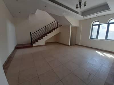 فیلا 3 غرف نوم للايجار في البرشاء، دبي - فیلا في البرشاء 2 البرشاء 3 غرف 125000 درهم - 4988635