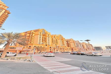 2 Bedroom Flat for Rent in Dubai Sports City, Dubai - Two Bedroom | Unfurnished | Large Layout