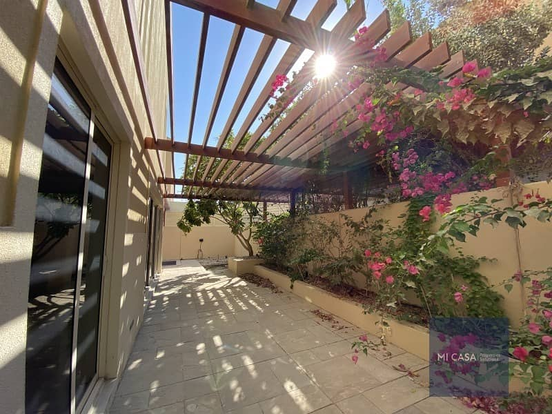 2 Serene place | Garden view | Maid's room + Balcony