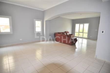 4 Bedroom Villa for Sale in The Meadows, Dubai - Corner Villa / 4 Bed+Maids / Huge Plot / Vacant