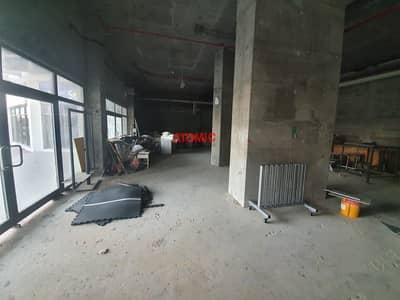 محل تجاري  للايجار في أبراج بحيرات الجميرا، دبي - Large space