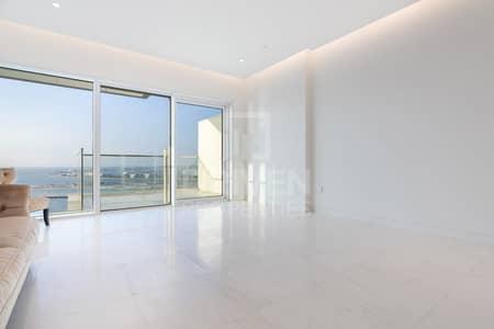 فلیٹ 2 غرفة نوم للبيع في جميرا بيتش ريزيدنس، دبي - 5Star Lifestyle with Direct Beach Access